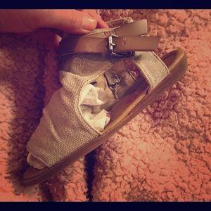 🌺 Girls Blowfish 1.5 Sandals